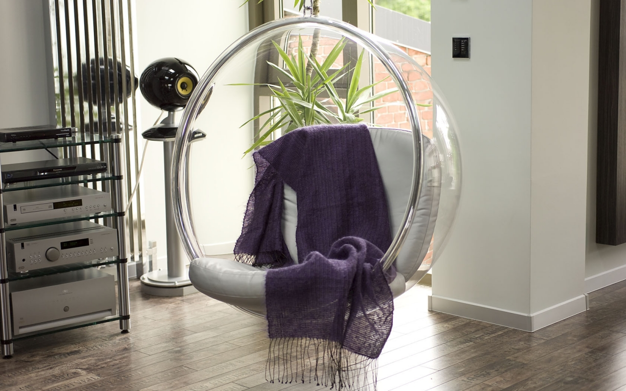 Famous Eero Aarnio Bubble Chair