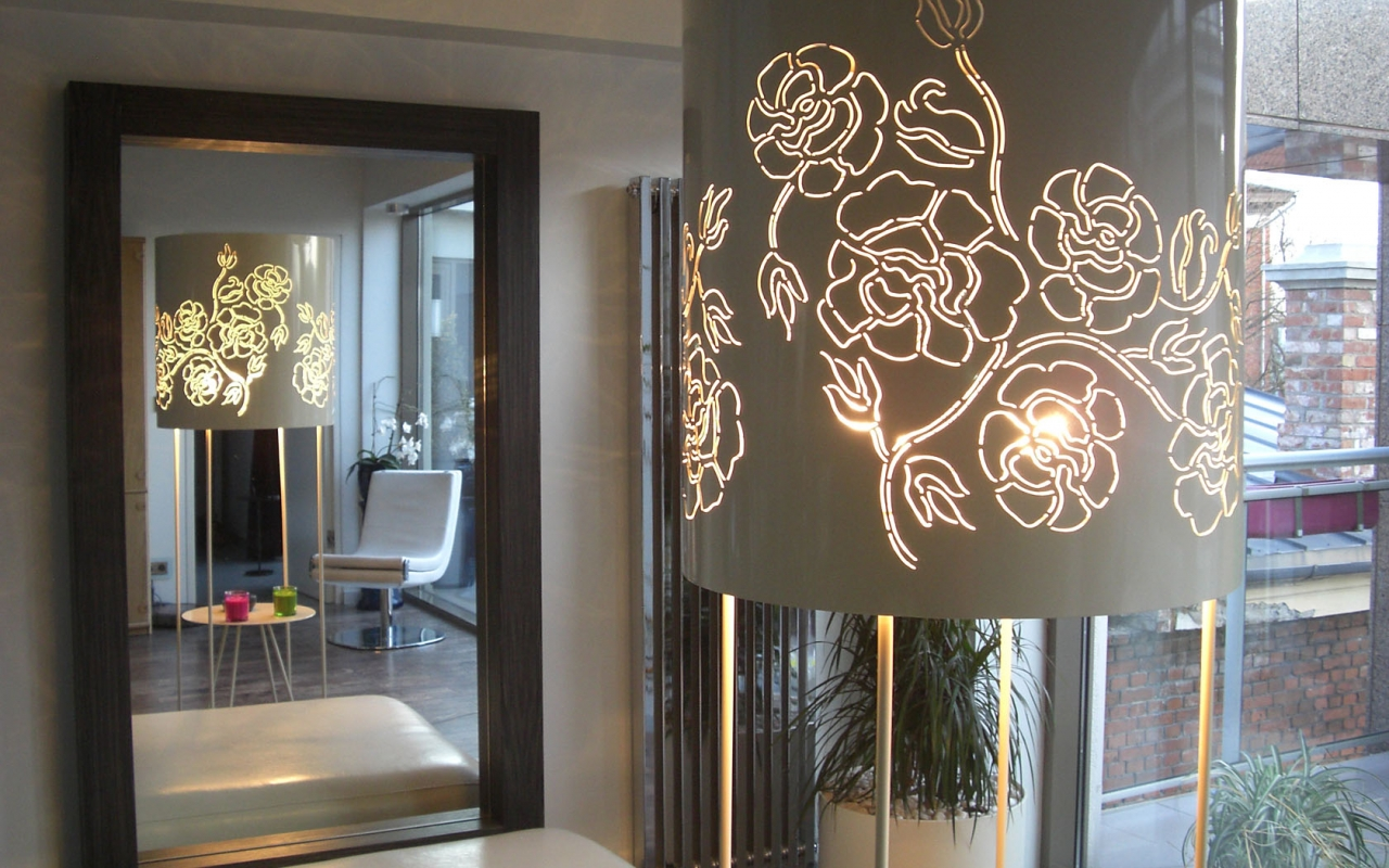 Roses Lamp designed by Gianluigi Landoni